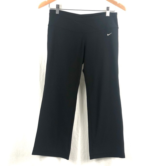 Nike wide leg crops